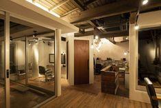 栃木県鹿沼市の理容室・美容室・カフェ vita Home Decor, Decoration Home, Room Decor, Home Interior Design, Home Decoration, Interior Design