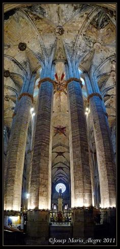 Basílica de Santa Maria del Mar, Barcelona Catalonia, Spain. https://www.facebook.com/jose.denis.7545