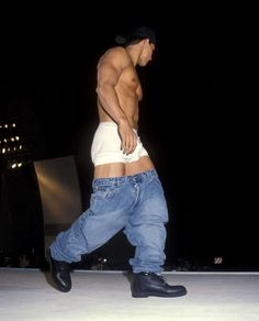 Mark Wahlberg Young, Donnie Wahlberg, Mark Wahlberg Calvin Klein, Mario Y Luigi, Calvin Klein Models, Calvin Klein Men, Sagging Pants, Young Cute Boys, Z Cam