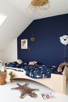 Childrens Bed Linen, Dark Blue Background, Kids Bedroom, Bedroom Ideas, Cool Beds, Awesome Bedrooms, How To Make Bed, New Room, Beautiful Children