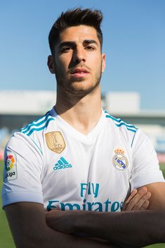 You are in the right place abo Spain National Football Team, Best Football Team, Real Madrid Football Club, Real Madrid Players, Soccer Guys, Football Players, Equipe Real Madrid, Isco Alarcon, Real Madrid Football