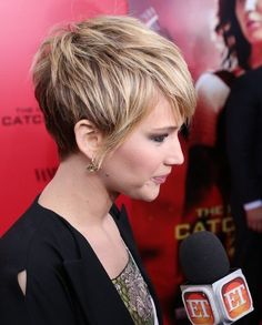 cabello corto jennifer lawrence