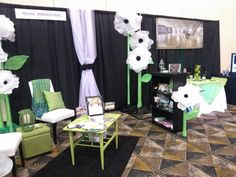 So Creative Extraordinaire, Kelly Story, created amazing tissue flowers for the bridal booth.  We had so many compliments. And of course we rocked the company green!