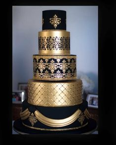 Best Picture For traditional wedding cakes 2 tier For Your Taste You are looking for something, and it is going to tell you exactly what you are looking for, and you didn't find that picture. Wedding Cake Rustic, White Wedding Cakes, Elegant Wedding Cakes, Wedding Cake Designs, Wedding Cake Toppers, Elegant Cakes, Purple Wedding, Gold Wedding, Beautiful Wedding Cakes