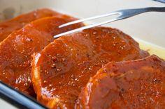 Grillmarinade für Fleisch - Rezept | GuteKueche.de Spareribs Marinade, Pizza Snacks, Carne Asada, Grilled Chicken, Barbecue, Steak, Bakery, Food And Drink, Cooking