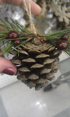 cute pine cone tree ornament idea