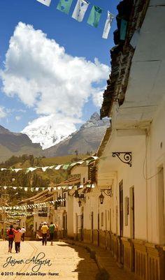 Emblemático e histórico Barrio José Olaya. Uno de los tantos pueblos que se levantó de los escombros después del sismo de 1970 - Huaraz, PERU  (Cortesía de Jaime Alegria Olaza)