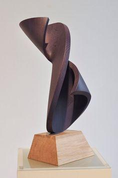 Discover the 5 most incredible luxury art galleries to visit in Paris, including the Modus Art Gallery, Galerie Kamel Mennour and Xippas Galiere! Abstract Sculpture, Wood Sculpture, Sculptures, Mc Escher, Trophy Design, Spiral Shape, School Art Projects, Wood Art, Amazing Art