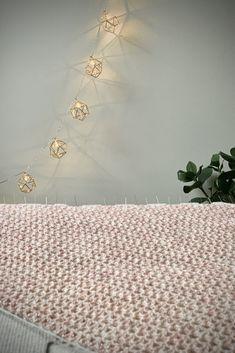 Blocking a crochet scarf/shawl. Rustproof pins and blocking board. Shawl, Crochet Patterns, Journal, Board, Jewelry, Jewlery, Jewerly, Crochet Pattern, Schmuck