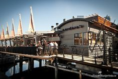 carderos-restaurant-vancouver-waterfront-canada.jpg 799×533 pixels
