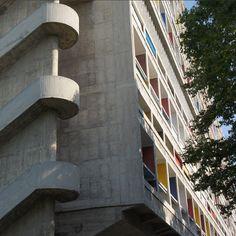 Tour d'horizon des 20 escaliers les plus étonnants dénichés aux quatre coins du monde / Photo Cité Radieuse, Le Corbusier, Marseille.