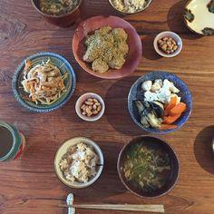 2時間半後にはお夕飯、タイミング逃して妙な時間に朝昼ごはんいただきました…  #kaorengohan #kaorenvege