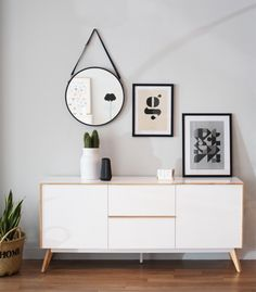 We'll give to you the Minimalist living room tomake your home better with the design you've never seen before. Take a look and enjoy the inspiring design Living Room Furniture, Home Furniture, Living Room Decor, Bedroom Decor, Dining Room, Home Interior, Interior Design, Minimalist Living, Modern Minimalist