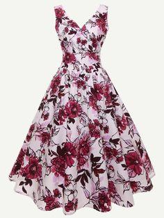Shop Deep V Neckline Floral Print Dress online. SheIn offers Deep V Neckline Floral Print Dress & more to fit your fashionable needs. Source by gnellyyy dress online Vintage Midi Dresses, Robes Vintage, Casual Dresses, Fashion Dresses, 1950s Dresses, Retro Dress, Long Dresses, Summer Dresses, Pretty Dresses