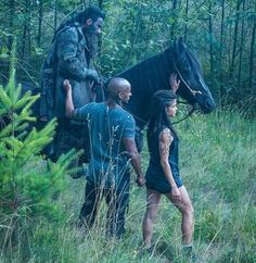 Behind the scenes with Ricky Whittle and Marie Avgeropolous