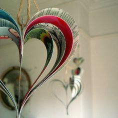 paper decorations - bring on the valentines.