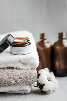 The Best Skincare Products (click in photo) watch now! The best tips! Beauty Photography, Lifestyle Photography, Cosmetic Photography, Photography Composition, Photography Guide, Photography Branding, Product Photography, Modern Baths, Natural Cosmetics