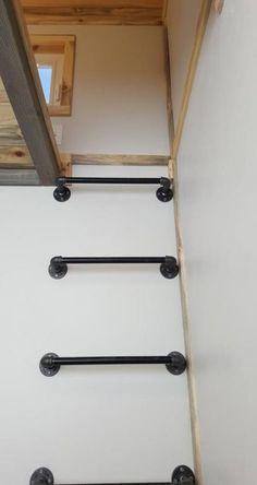 Tiny Solar Home by Alpine Tiny Homes - Tiny Living Loft Ladder – Tiny Solar Home by Alpine Tiny Homes House Ladder, Stair Ladder, Home Design, Diy Design, Wall Ladders, Loft Ladders, Ladder To Loft, Loft Room, Solar House
