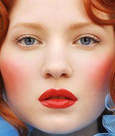 6. Deep Blushes - Top 10 Makeup Tips for Redheads ... → Makeup