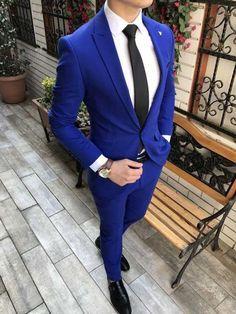 Terno Slim Fit, Slim Fit Suits, Blue Suit Wedding, Wedding Suits, Wedding Tuxedos, Royal Blue Suit, Men's Blue Suits, Bright Blue Mens Suit, Blue Suit Groom