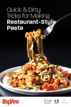 Ever wonder why pasta tastes extra-delicious when you're out to eat? Get our tips for making restaurant-style pasta at home. Italian Dishes, Italian Recipes, Food Dishes, Main Dishes, Appetizer Recipes, Appetizers, Weeknight Meals, Chicken Recipes, Yummy Food