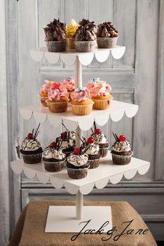 3 szintes csipkés kovácsoltvas desszert állvány - LACE   Jack&Jane tortaállványok Table Decorations, Dinner Table Decorations