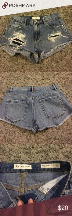 Bullhead High Rise Short Medium wash distressed high waisted short Bullhead Shorts Jean Shorts
