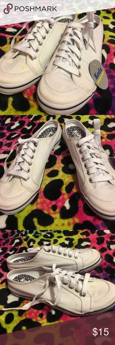 Keds never been worn Have stains from sitting in closet they may wash out I'm not sure Keds Shoes