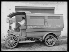 The State Bakery Motor lorry in 1916 with carrying capacity of 1800 loaves of bread.