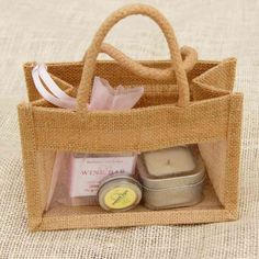 Burlap gift bags - for guest welcome bags Burlap Gift Bags, Jute Bags, Honey Shop, Wedding Welcome Bags, Gift Hampers, Corporate Gifts, Wedding Men, Handmade Bags, Small Gifts