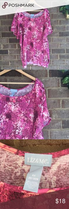 Liz & Me Pink and Purple Abstract Short Sleeve Top Made from a cotton blend, this short sleeve top by Liz & Me is great for everyday. The pattern really makes the piece. In great condition. Approximate measurements lying flat: 31' bust, 33' length 10140 Liz & Me Tops Tees - Short Sleeve