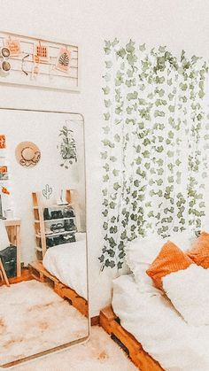not my photo! Cute Bedroom Decor, Room Ideas Bedroom, Bedroom Inspo, Teen Bedroom, Bohemian Room, Boho, Retro Bedrooms, Cool Dorm Rooms, Cute Room Ideas