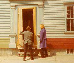 Doris Duke viewing a historic home