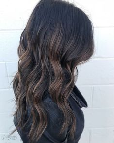 Are you looking for best hair colors to apply for long hair? Just see here, we have made a collection of fantastic long balayage colored hairstyles Balayage Brunette, Balayage Hair, Black Hair With Balayage, Dark Balayage, Bayalage, Hair Color And Cut, Brunnete Hair Color, Hair Highlights, Black Hair With Highlights