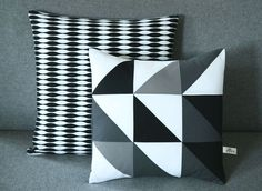 Kissen mit Rauten // Black and white geometrical pillows via DaWanda.com