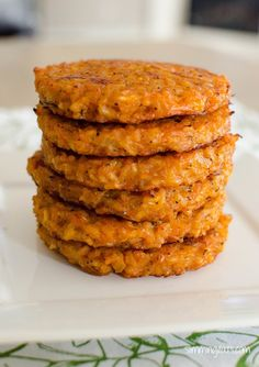 Slimming Eats Risotto Patties - Gluten Free, Vegetarian, Slimming World and Weight Watchers friendly Slimming World Dinners, Slimming World Breakfast, Slimming World Diet, Slimming Eats, Slimming World Recipes, Healthy Eating Recipes, Cooking Recipes, Cooking Pork, Syn Free Snacks