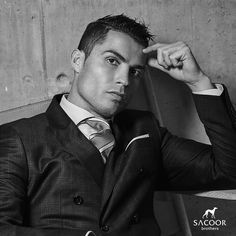 Cristiano Ronaldo Loving the fresh new SACOOR BROTHERS collection! Spring has arrived at Sacoor Brothers. Be the first to try it on at a boutique near you.
