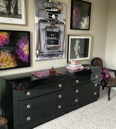 Gorgeous gallery wall by @studioten25 featuring our Infinite Glam art + Stay a While print.