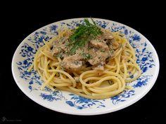 Sampinonovo - koprova omacka na cestoviny Indie, Spaghetti, Pasta, Ethnic Recipes, Food, Red Peppers, Essen, Meals, Yemek