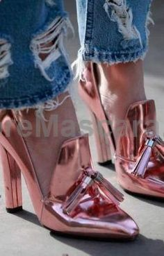 pink hologram~ seriously..anything goes in fashion and with the right outfit or in the right city #highheels #sexy #ladies #women #ladyshoes #shoes #lush #smooth #fashion #feet #legs #glamour