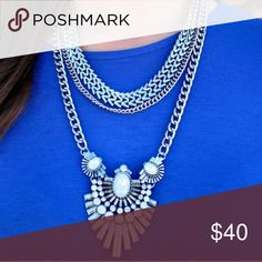 Silver & Opal Statement Necklace!  Gorgeous boutique item!!! New With Tag Boutique Item ✈️Same day shipping Bundle and save!  Pet & Smoke free Home! ❤️️Please check my closet for cute accessories Instagram: @haveit.wearit.loveit hwl boutique Jewelry Necklaces