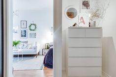Ikea 'Malm' dresser