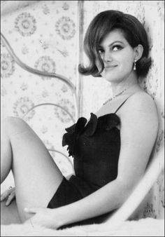 Claudia Cardinale (born 15 April is an Italian actress who appeared in some of the most prominent European films of the and The majority of Cardinale's films have been either Italian or French. Claudia Cardinale, Divas, Classic Beauty, Timeless Beauty, Hollywood Glamour, Hollywood Stars, Beautiful Actresses, Actors & Actresses, Der Leopard