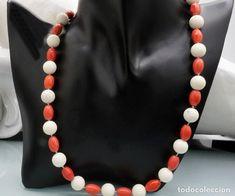 ca936c873602 Antiguo collar de genuíno coral blanco y coral rojo - sin tratar - 52 gramos