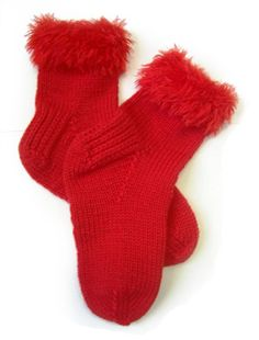 Free Knitting Pattern 50930 Valentine Socks : Lion Brand Yarn Company