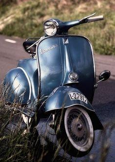 Vespa 150S Vespa 150s, Vespa Gtv, Piaggio Vespa, Lambretta Scooter, Vespa Scooters, Vespa Retro, Vintage Vespa, Vintage Italy, Lml Star