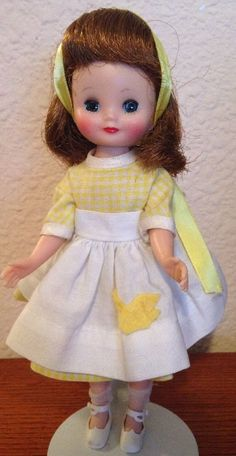 "Vintage AC 8"" Betsy McCall Doll in Patio Party 