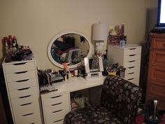 Perfect makeup station!