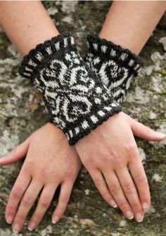 Crochet Mittens, Crochet Gloves, Knit Crochet, Boot Bracelet, Crochet Bracelet, Wrist Warmers, Hand Warmers, Knitting Charts, Hand Knitting