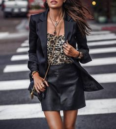 Structured Chic – Marissa Webb's Spring Collection Tomboy Chic, John Hardy, Boyfriend Jeans, Curvy Women Fashion, Womens Fashion, How To Make Shorts, How To Wear, Yves Saint Laurent, Fashion Vocabulary